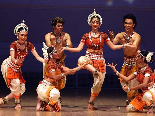 dança-indiana-folclórica