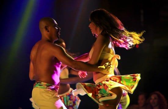 dança-lambada-origem